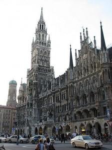 Новая ратуша в центре Мюнхена