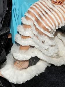 Платье Рианны на Гремми 2011 (фото №7)