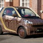 Шоколадный автомобиль Smart ForTwo ко Дню святого Валентина