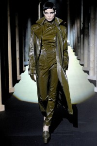 Мода в Париже Thierry Mugler Fall 2011 (Фото 6)