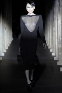 Мода в Париже Thierry Mugler Fall 2011 (Фото 14)