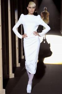 Мода в Париже Thierry Mugler Fall 2011 (Фото 15)