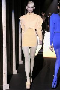 Мода в Париже Thierry Mugler Fall 2011 (Фото 17)