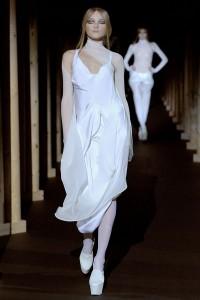 Мода в Париже Thierry Mugler Fall 2011 (Фото 34)