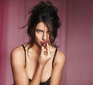 Нижнее белье Victoria Secret (фото 2)