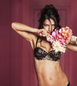 Нижнее белье Victoria Secret (фото 10)