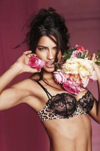 Нижнее белье Victoria Secret (фото 14)