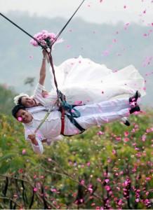 Свадьба в разных экстремальных условиях