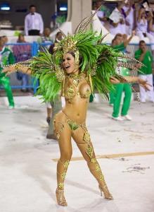 У бразильянок бразильская эпиляция
