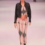 Миранда Керр в показе мод David Jones (фото 10)