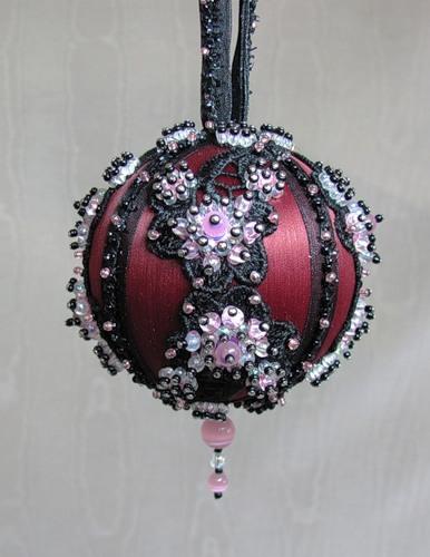 Новогодние шары с пенопластовых шариков