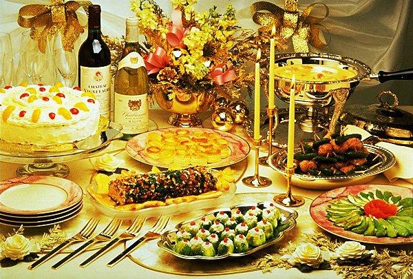 Новогодний праздничный стол 2012