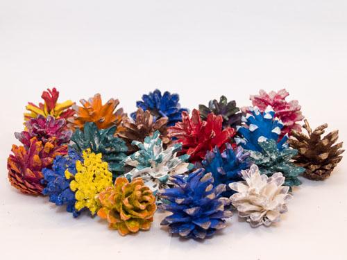 Новогодние игрушки из шишек своими руками