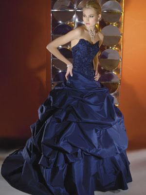 Свадебные платья 2012 - 18