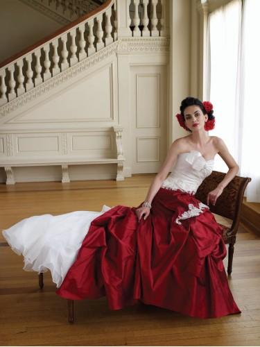 Свадебные платья 2012 - 29