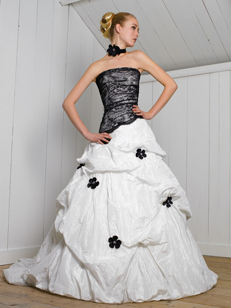 Свадебные платья 2012 - 30
