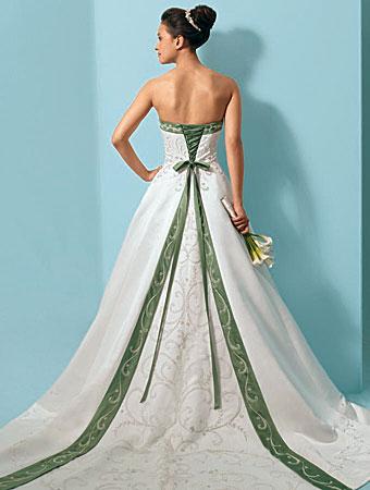 Свадебные платья 2012 - 32