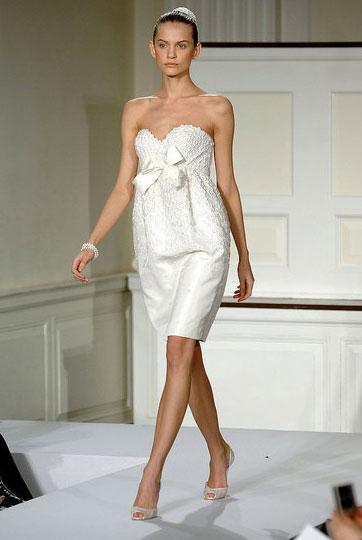 Свадебные платья 2012 - 4