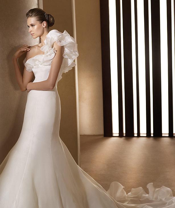 Свадебные платья 2012 - 76