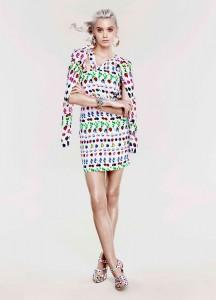 Эбби Ли Кершоу в коллекции Cruise 2012 от Versace и H&M (фото 1)