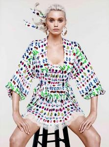 Эбби Ли Кершоу в коллекции Cruise 2012 от Versace и H&M (фото 3)