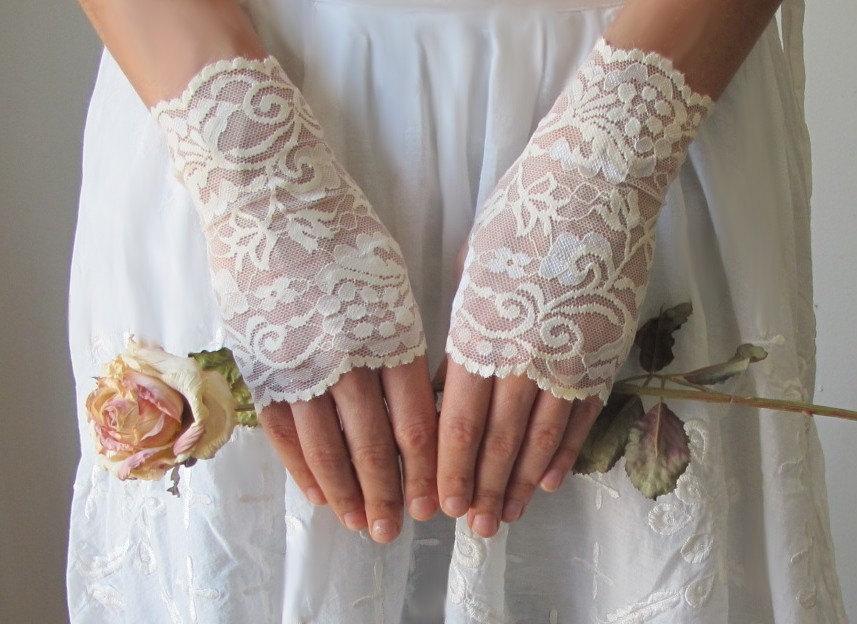 Свадебные перчатки 11