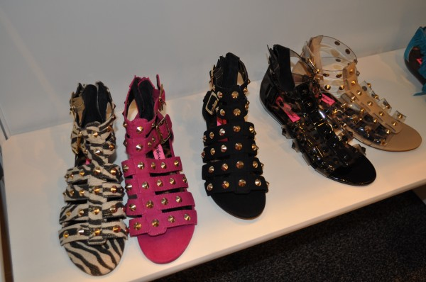 Модная обувь весна-лето 2012 - 20
