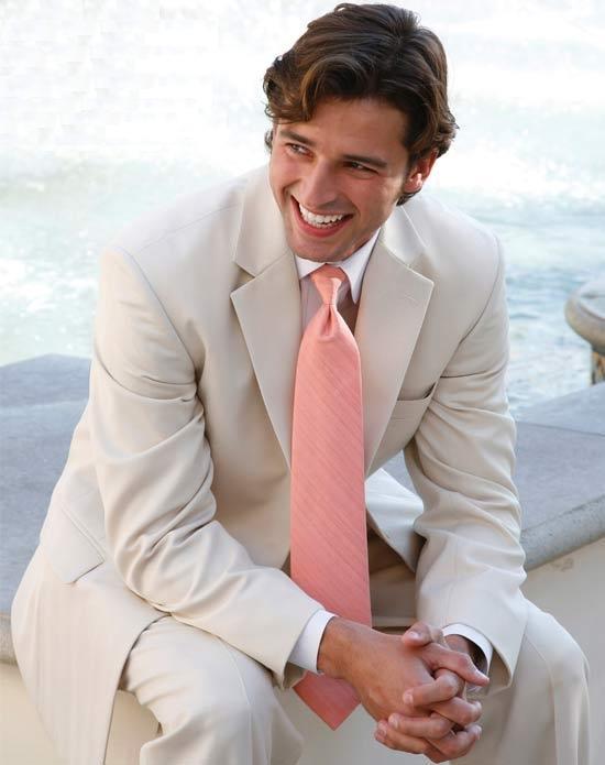 Свадебный мужской костюм 15