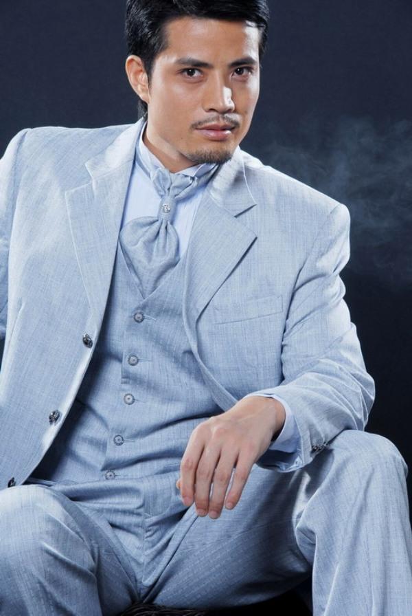 Свадебный мужской костюм 4
