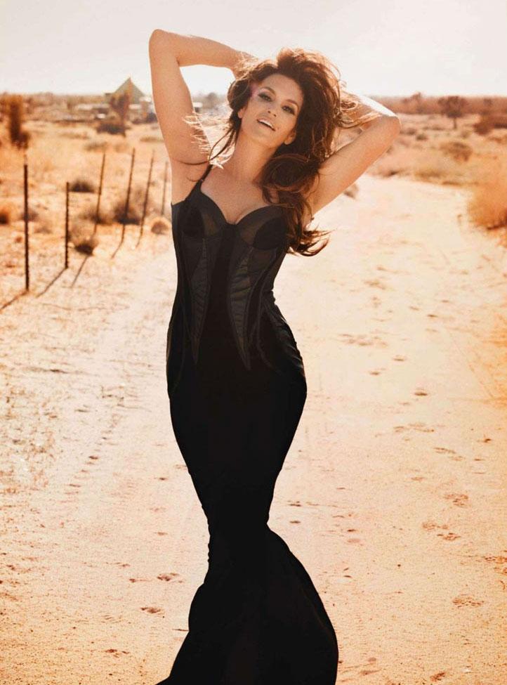 Синди Кроуфорд для Tatler's в Сентябре 2012 - фото 3