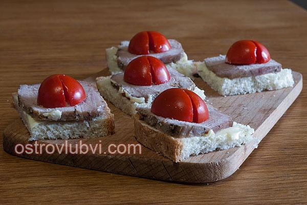 Бутерброды 'Божьи коровки' - фото 2