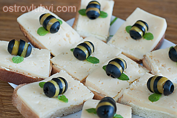 Бутерброды 'Пчелки'