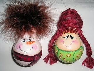 Новогодние игрушки из лампочек - фото 14