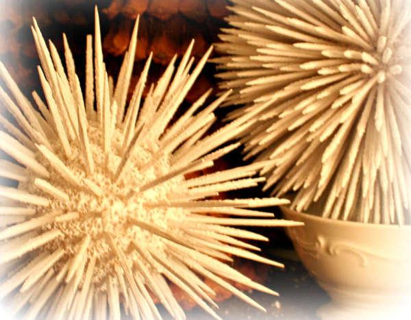 Новогодние шары из зубочисток - фото 3