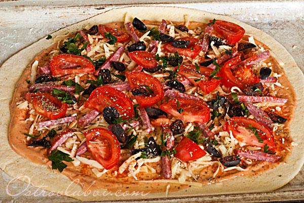 Итальянская пицца (тесто на манке) фото 12