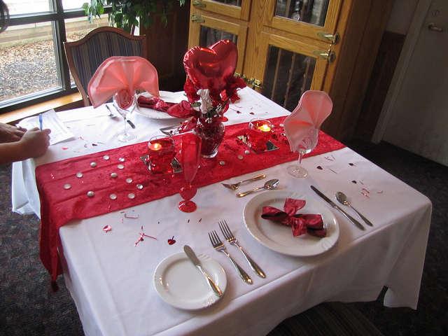Стол на день святого Валентина - фото 3