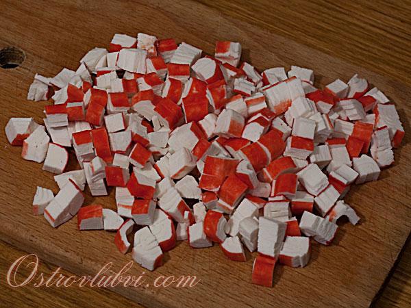 Салат из крабовых палочек - фото 2