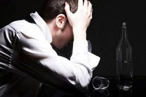 Алкоголь забирает у человека 18 лет жизни