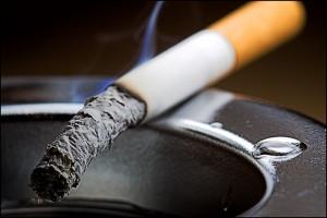 Курение отнимает у человека 10 лет жизни