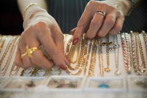 Золотые украшения негативно влияют на организм