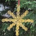 Новогодние игрушки из макарон - фото 10