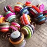 Новогодние игрушки из пуговиц - фото 9