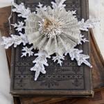 Новогодние игрушки с книжных листов - фото 19
