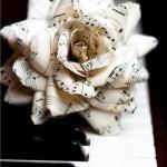 Новогодние игрушки с книжных листов - фото 25