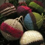 Вязаные новогодние игрушки - фото 31
