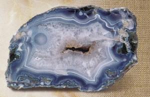 Камень агат