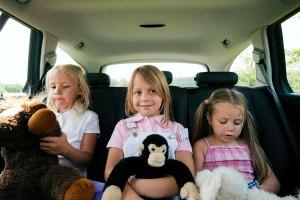 Как развлечь ребенка в дороге.
