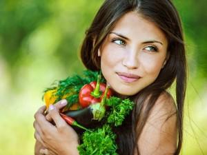 В чем разница между вегетарианцами и веганами.