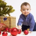 Как нарядить елку, если в доме маленький ребенок