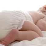 Можно ли новорожденному спать на животе